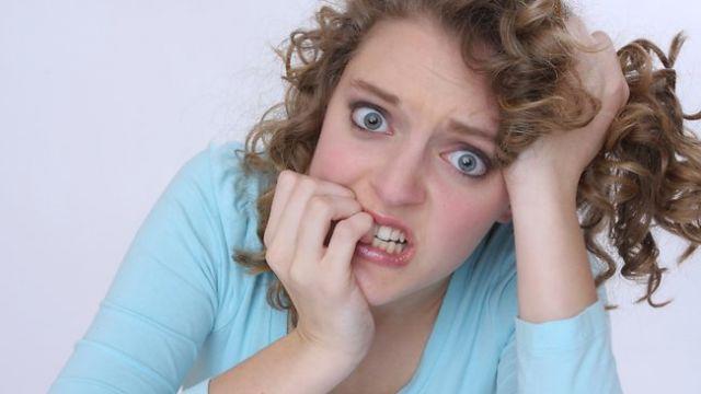 nail-biting-is-ocd-behaviour
