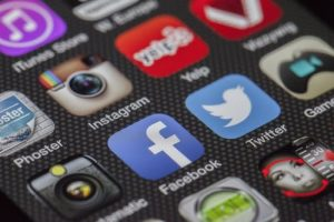 social media linked to depression in teens